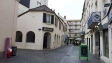 Locaux commerciaux - A LOUER - 85 m² non divisibles 1700
