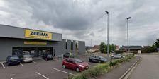 Locaux commerciaux - A LOUER - 700 m² non divisibles 6251