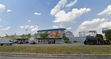 Locaux commerciaux - A LOUER - 861 m² non divisibles 10401
