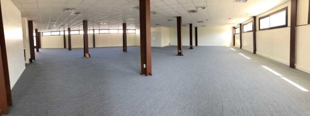 Surfaces rénovée - 350 m² non divisibles