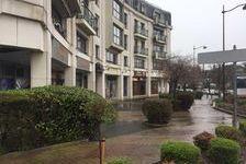 Locaux commerciaux - A LOUER - 184 m² non divisibles 2501