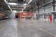 Entrepôts - A LOUER - 1 300 m² non divisibles 7579 33290 Blanquefort