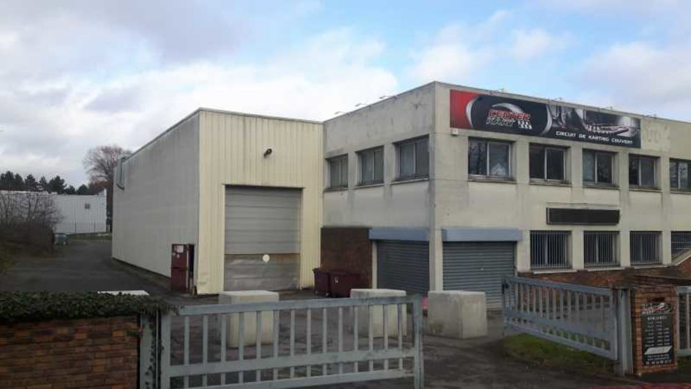 Locaux d'activité - A VENDRE - 3 233 m² non divisibles