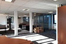 Batiment indépendant sur site clos à la location. - 3 290 m² divisibles à partir de 910 m²