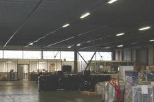 Batiment de 1 000 m² + bureaux. 3500