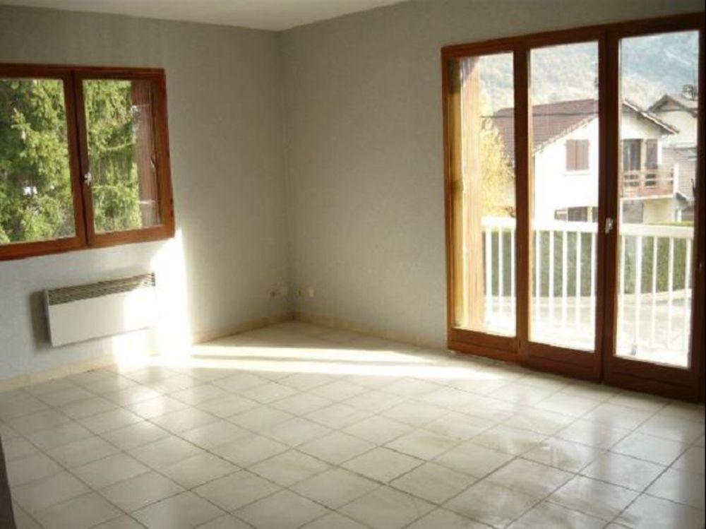 location Appartement - 3 pièce(s) - 63 m² Voreppe (38340)