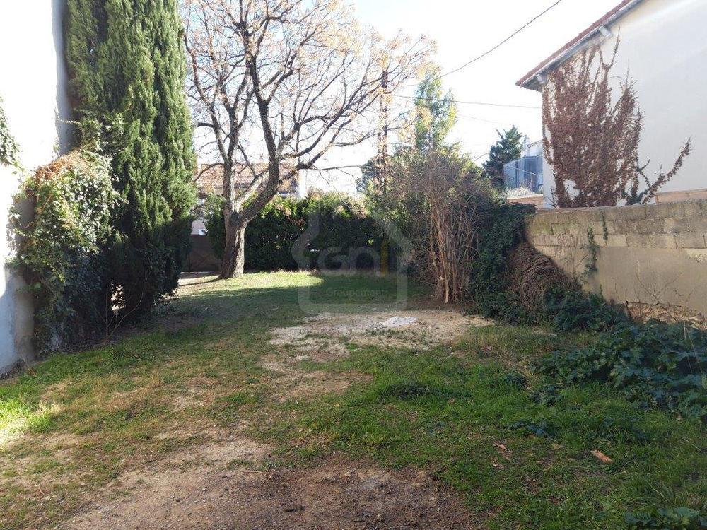 Vente Terrain Nîmes parcelle de terrain de 263m2 à bâtir  à Nimes