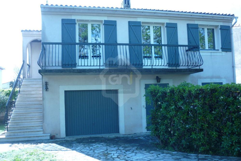Location Maison Arles villa T5 avec garage et jardin  à Arles
