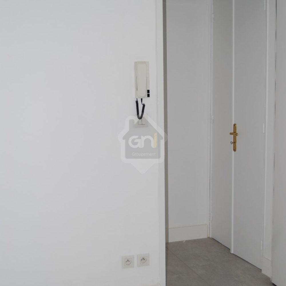 Location Appartement Arles Centre T2  à Arles