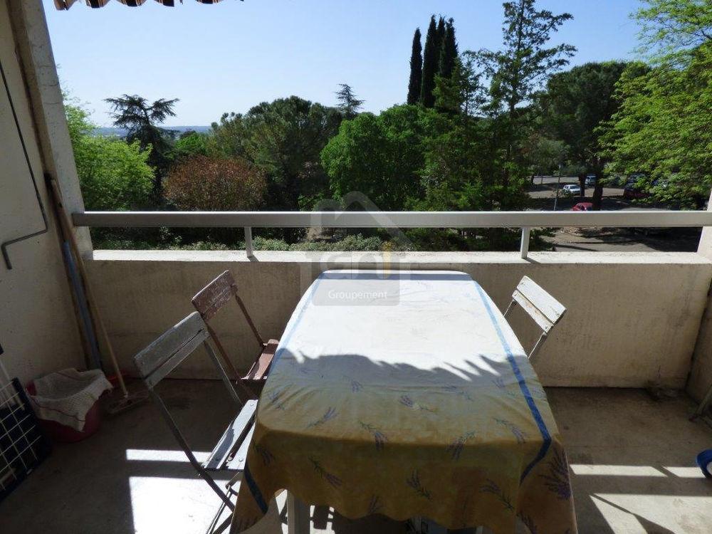 Vente Appartement Nîmes appartement 3 chambres avec box et balcon  à Nimes