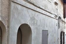 Local de 28m2 à louer 350TTC € par mois à Arles 0