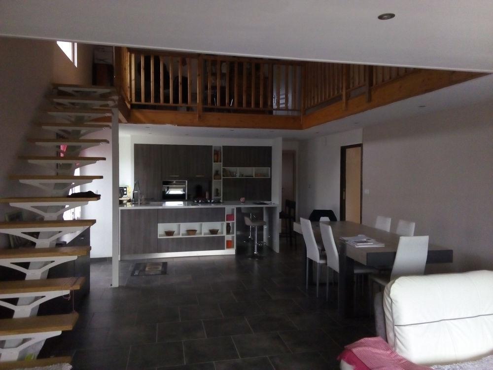 Vente Maison MAISON ET HANGAR 250M2  à Bourg en bresse
