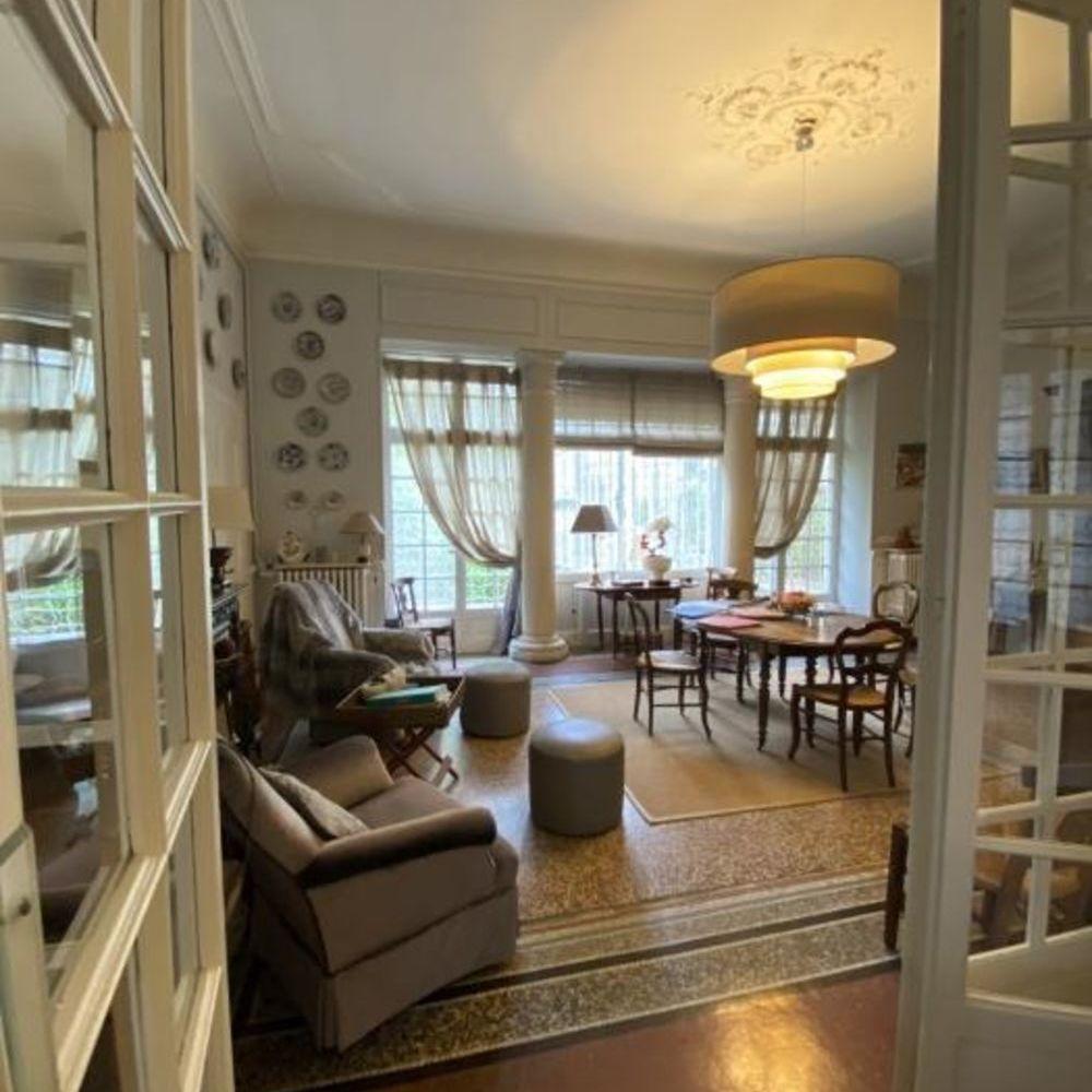Vente Appartement 8 Pièces  à Nimes