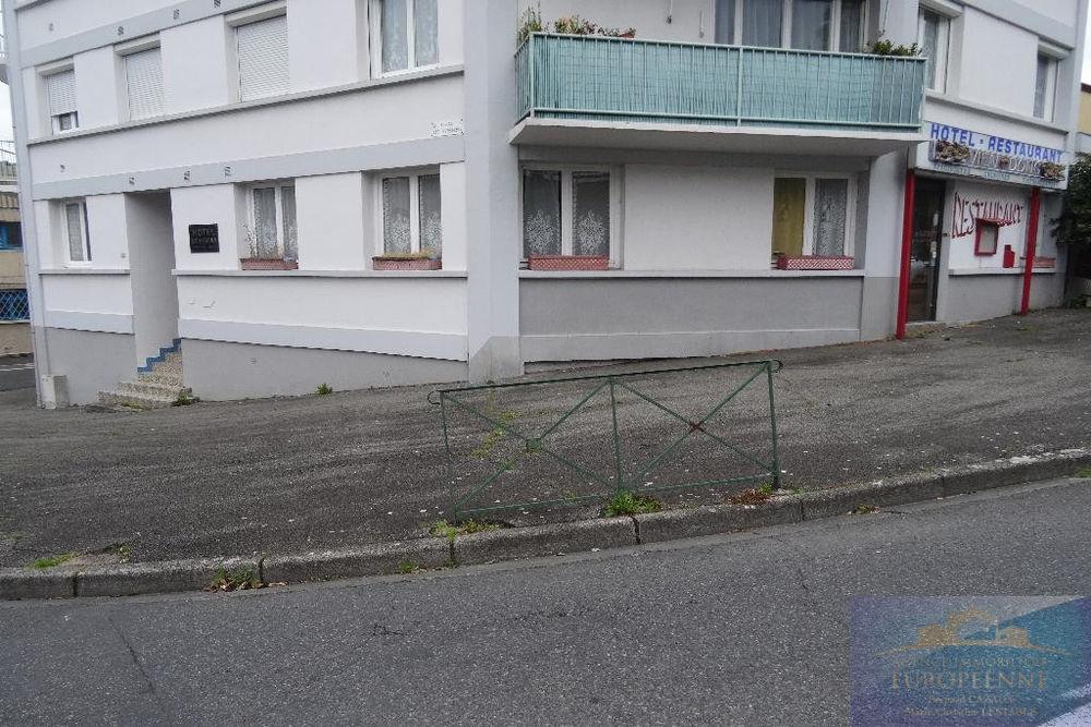 Vente Appartement Proche centre-ville, ancien hôtel restaurant élevée sur deux niveaux de 345 m2, plusieurs ...  à Lourdes