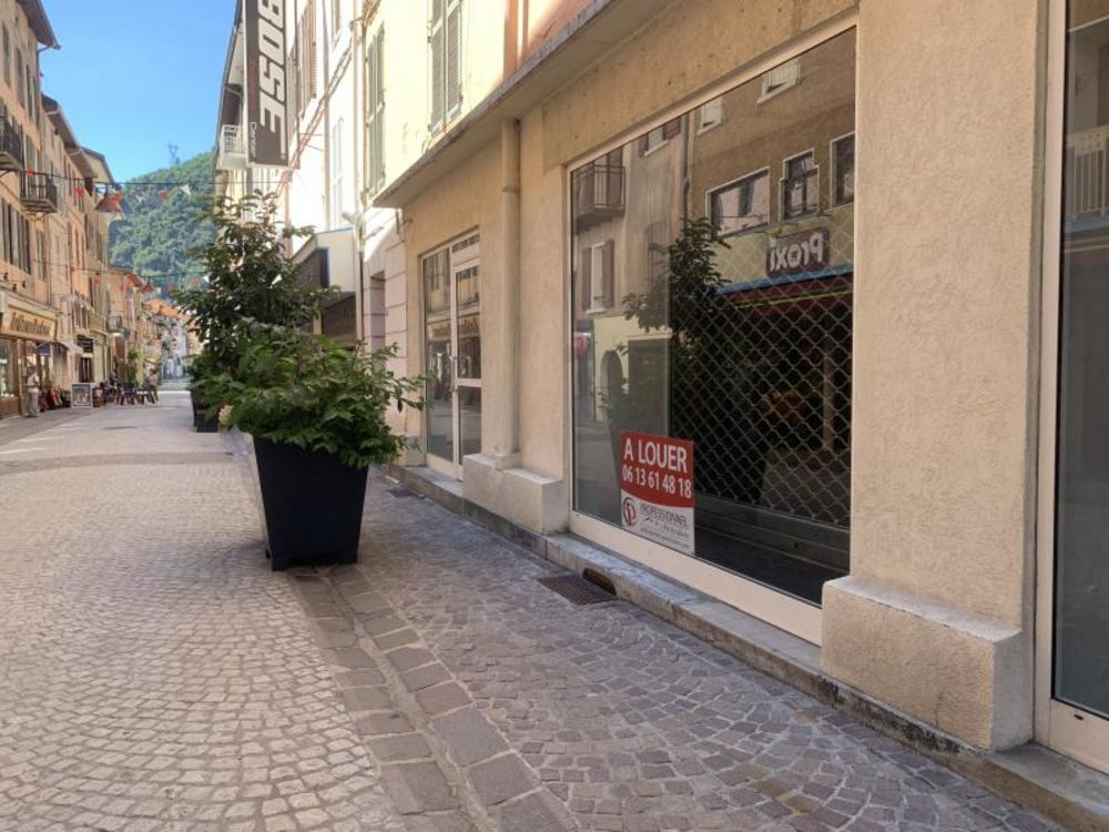 Local commercial de 90m2 loyer 1650€ HT