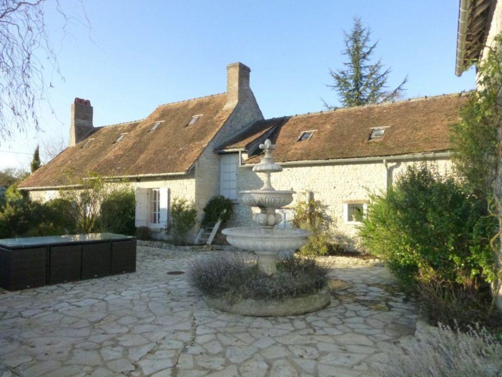 Vente Maison Maison ancienne de caractère avec piscine, en bordure de forêt d' Orléans, à 10mn de Pithiviers  à Pithiviers