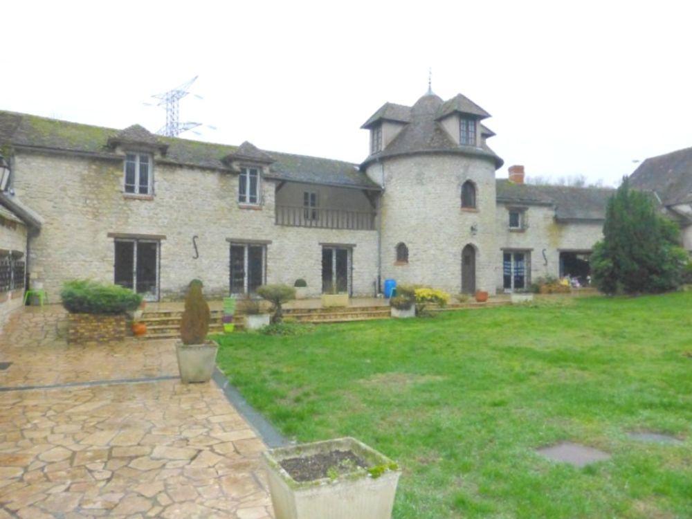Vente Propriété/Château Ancien moulin avec habitation de 470 m2, piscine et prairie  à Pithiviers