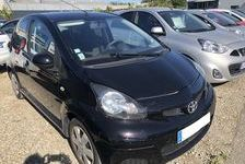 Toyota Aygo 1.0 VVT-i 68ch Connect 5p 2012 occasion Saint-Priest 69800