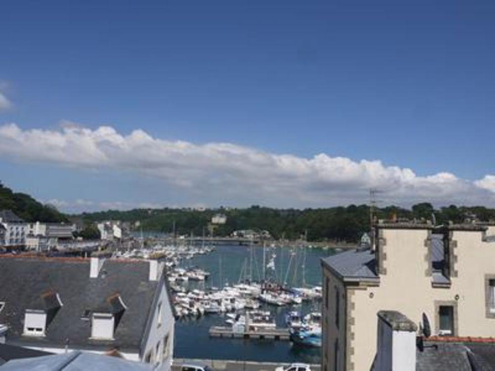 Vente Appartement Au coeur d' Audierne, très joli appartement bien agencé et vue dégagée sur le port.  à Audierne