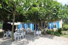 Charente-Maritime. Fonds de commerce. Activité de restauration. Restaurant, bar, crêperie de charme, license IV.  3 belles salle 124200