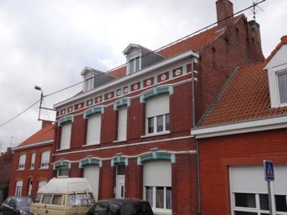Vente Maison Maison à usage locatif dans les Hauts de France  à Wormhout