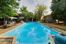 Superbe maison familiale individuelle avec piscine, 5 chambres et un gîte d'une chambre sur un terrain de plus de 5000m2. 339200 Saint-Macoux (86400)