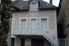 Une occasion rare de trouver une grande maison jumelée traditionnelle de 3/4 chambres au coeur de ce magnifique village médiéval 99000 Treignac (19260)