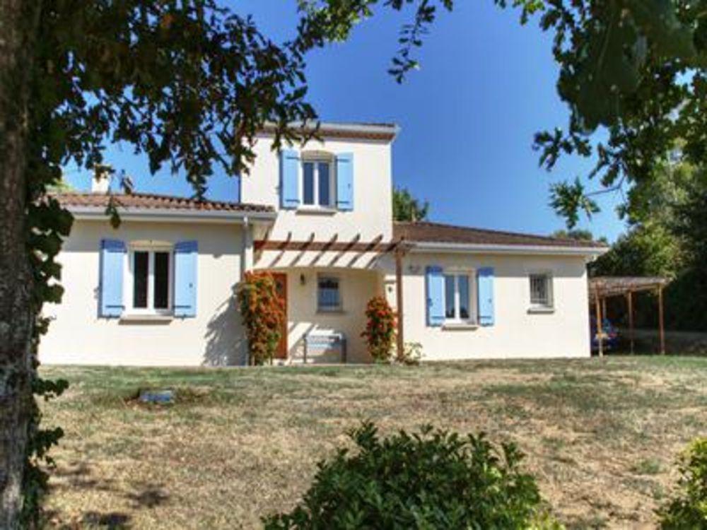 Vente Maison Villa moderne d'excellente qualité de 136m2. Agencement avec séjour spacieux comprenant chauffage au sol, cuisine spacieuse ouve  à Bussiere badil