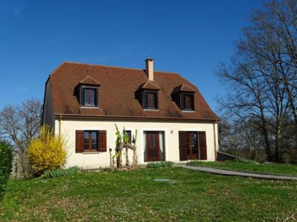 Vente Maison Belle maison de 2007 avec 4 chambres et piscine à 16km de Boulazac !  à Basillac et auberoche