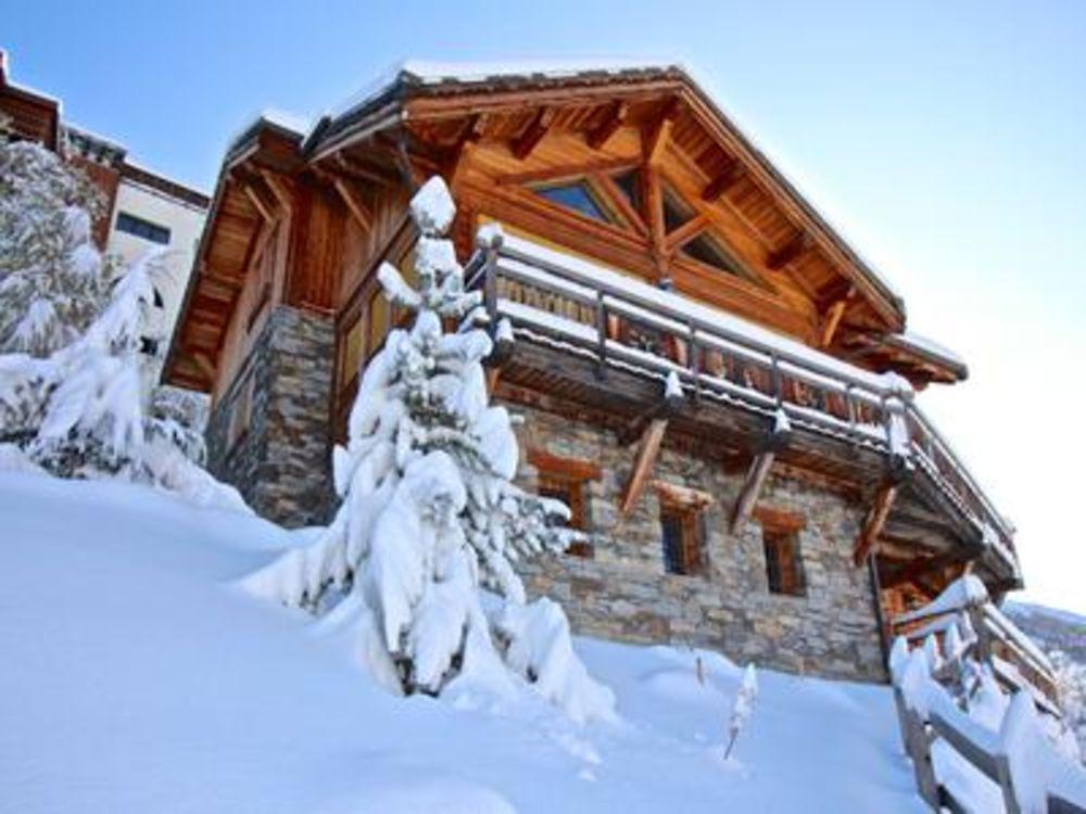 Vente Chalet Chalet exceptionnel au Les Deux alpes dans un lotissement de caractère, à 50 mètres des pistes.  à Les deux alpes 1350