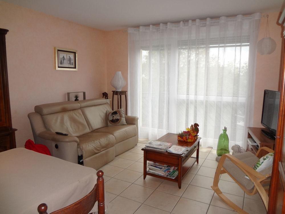 Vente Appartement CHALON CENTRE, T2 LOUE AVEC GARAGE ET CAVE TERRASSE  à Chalon sur saone