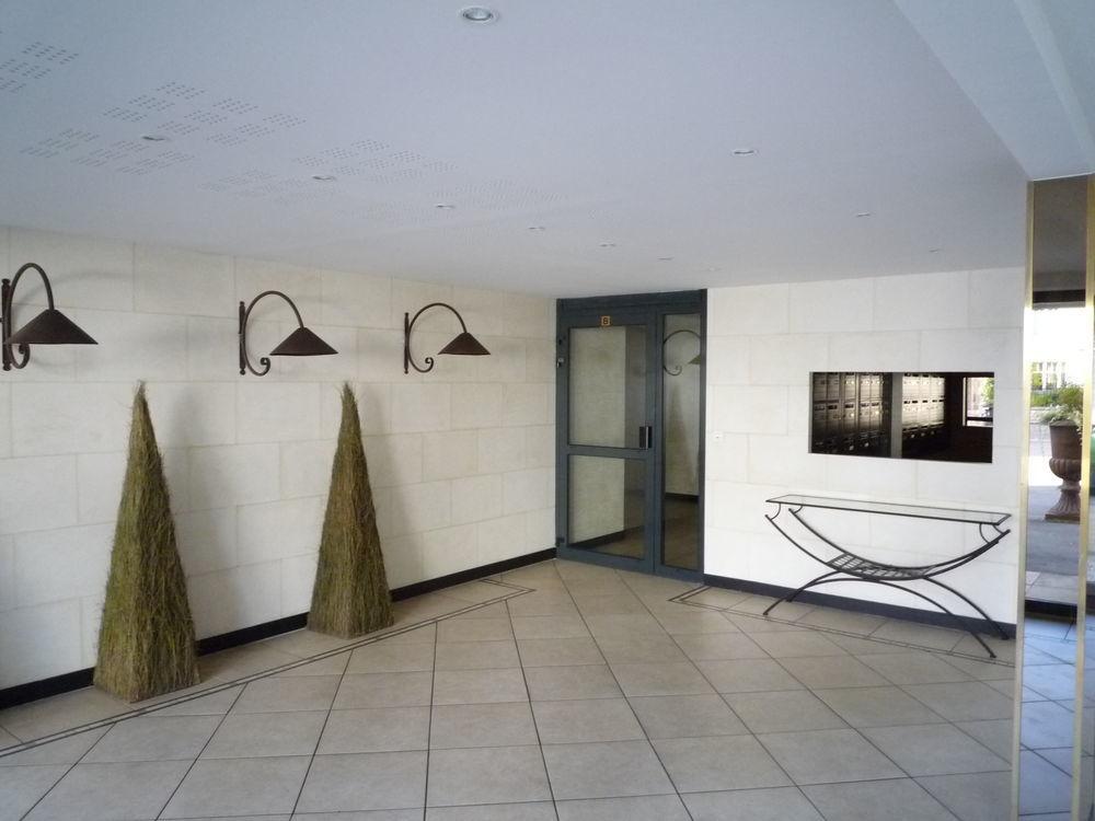 location Appartement - 3 pièce(s) - 66 m² Dijon (21000)