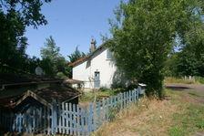 Une charmante maison de garde-barriere 49900 Millay (58170)