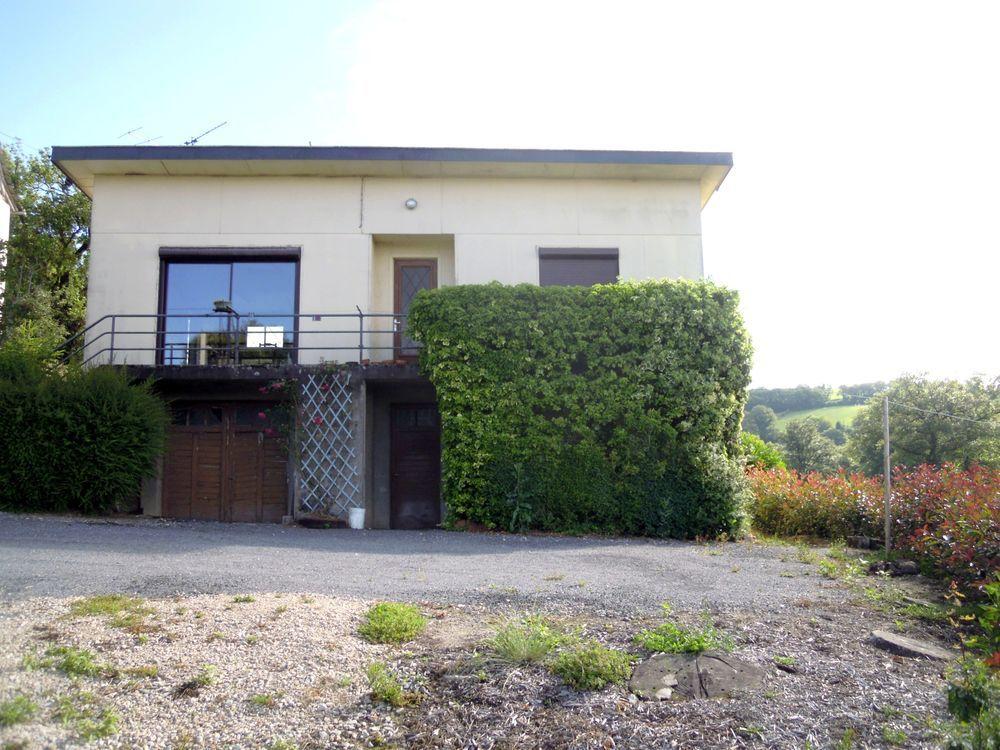 Vente Maison Corps de ferme avec maison, grandes dépendances et 2940 m² de te  à Rieupeyroux