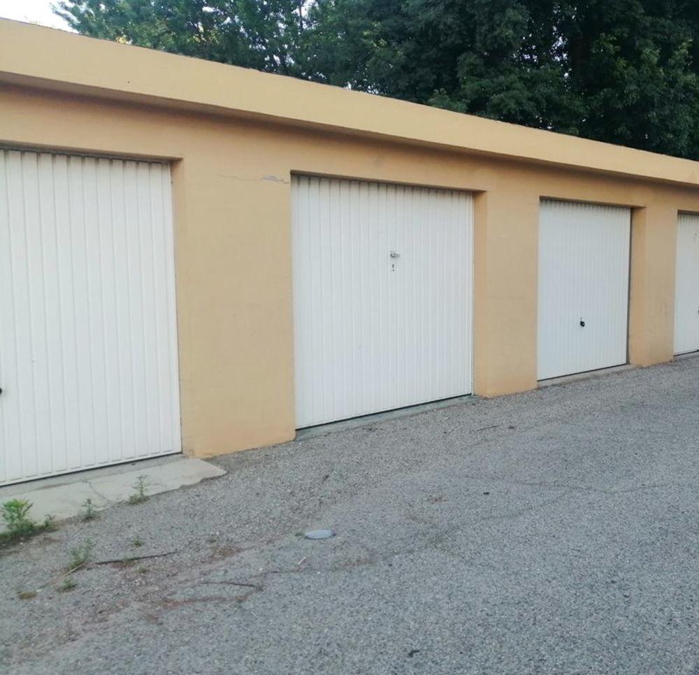 Vente Parking/Garage Garage à St Assicle Perpignan