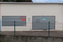 LOCAL COMMERCIAL DE 200m2 SAINT LOUIS BEL AIR  Situé ... 3000
