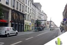 Location local commercial 146 m² non divisibles 36000
