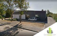 Location local d'activites 200 m² non divisibles 60
