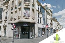 Location local commercial 515 m² non divisibles 175