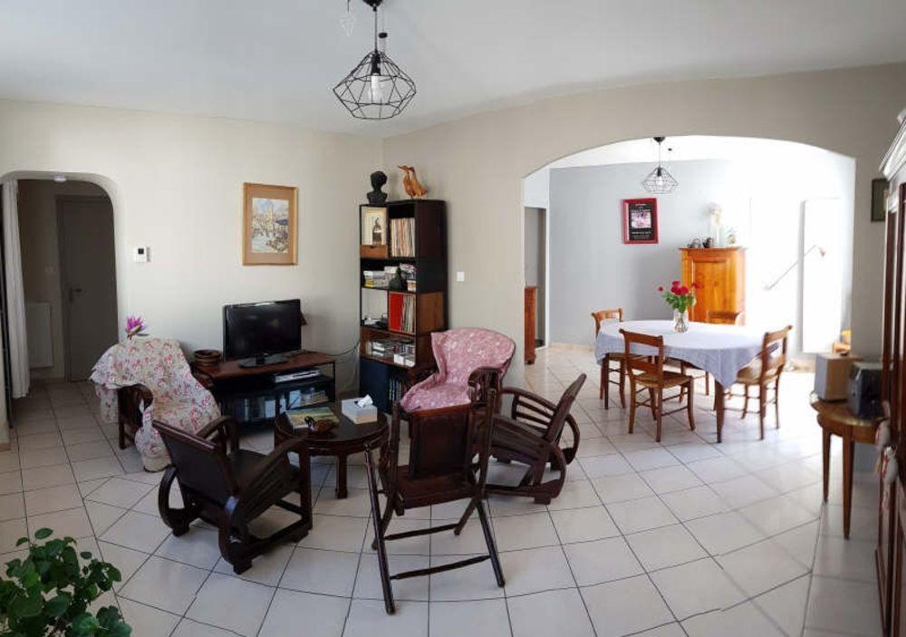 vente Appartement - 6 pièce(s) - 108 m² Montélimar (26200)