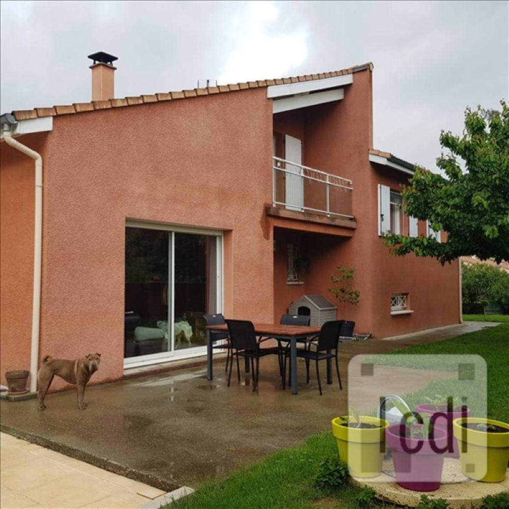 vente Maison - 7 pièce(s) - 123 m² Saint-Julien-en-Saint-Alban (07000)