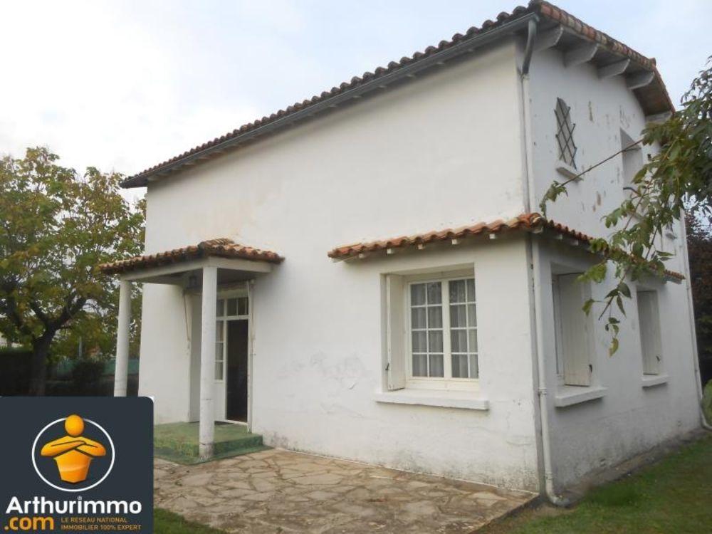 vente Maison - 7 pièce(s) - 144 m² Aulnay (17470)