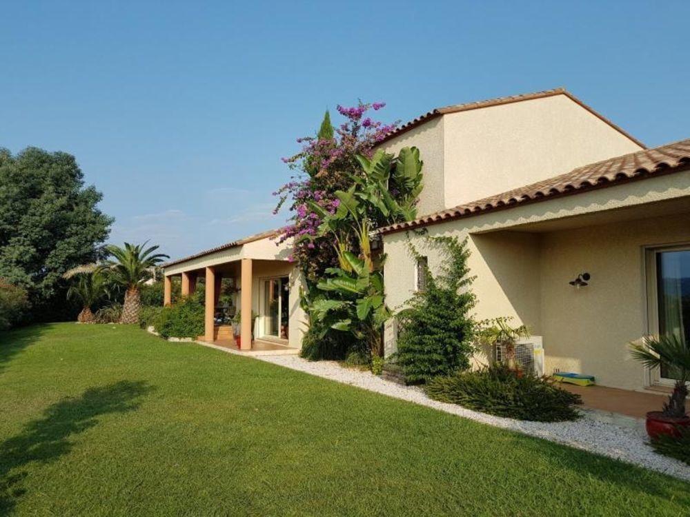 vente Maison - 6 pièce(s) - 233 m² Brouilla (66620)