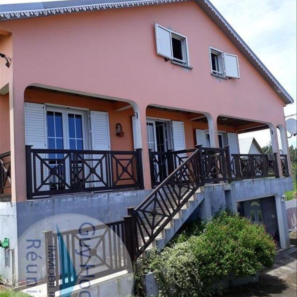 Maison - 6 pièce(s) - 134 m² 220500 Le Tampon (97430)