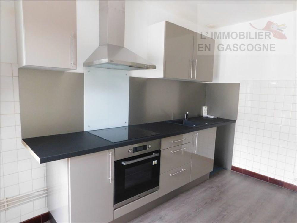 location Appartement - 2 pièce(s) - 43 m² Auch (32000)