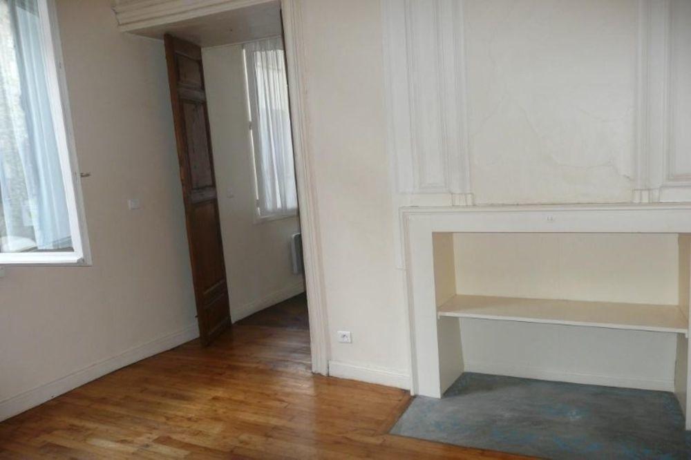 location Appartement - 2 pièce(s) - 65 m² Villefranche-de-Rouergue (12200)