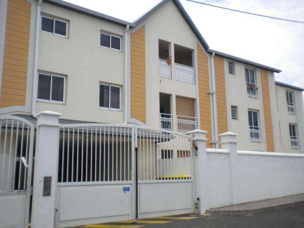 Appartement - 3 pièce(s) - 75 m² 727 Sainte-Clotilde (97490)