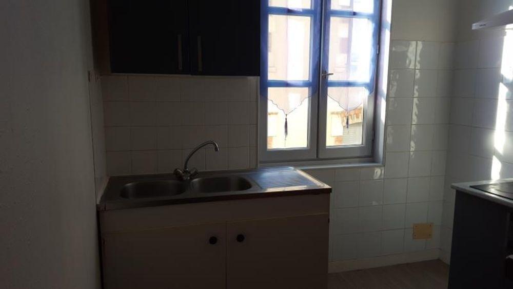 location Appartement - 2 pièce(s) - 50 m² Villefranche-de-Rouergue (12200)
