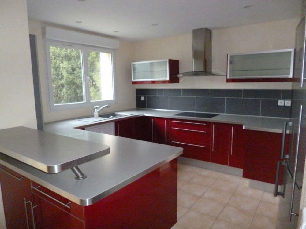 location Appartement - 6 pièce(s) - 137 m² Six-Fours-les-Plages (83140)