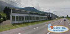 MARNAZ : Sur 4525 m² de terrain clos, grand bâtiment ... 840000